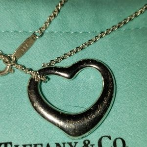 TIFFANY MEDIUM PERETTI OPEN HEART NECKLACE